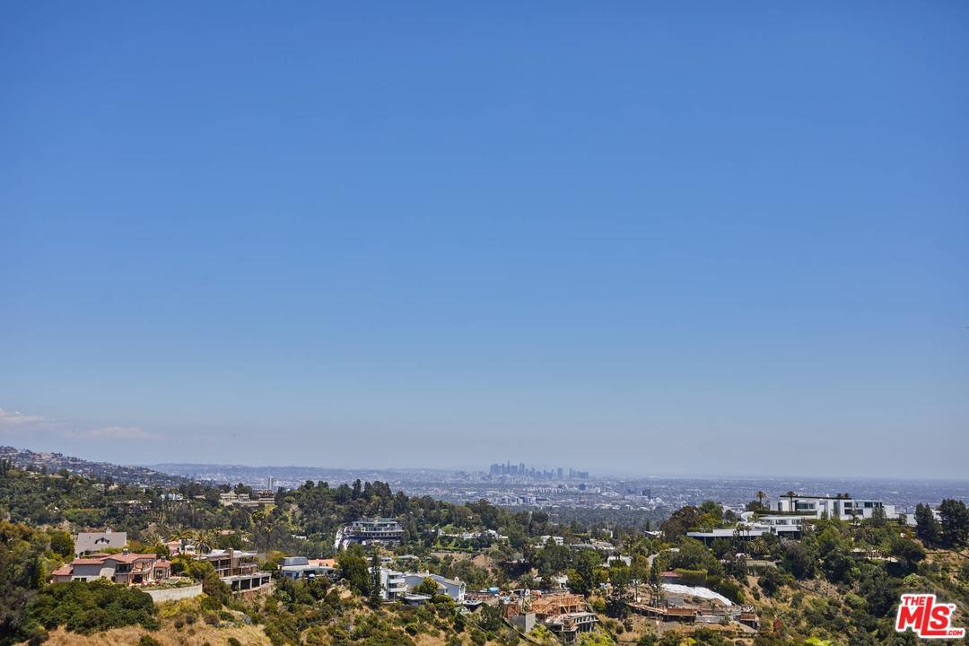 Photo of 1070 SOMERA RD, Los Angeles, CA 90077