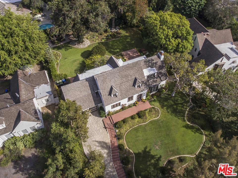 Photo of 10426 LINDBROOK DR, Los Angeles, CA 90024