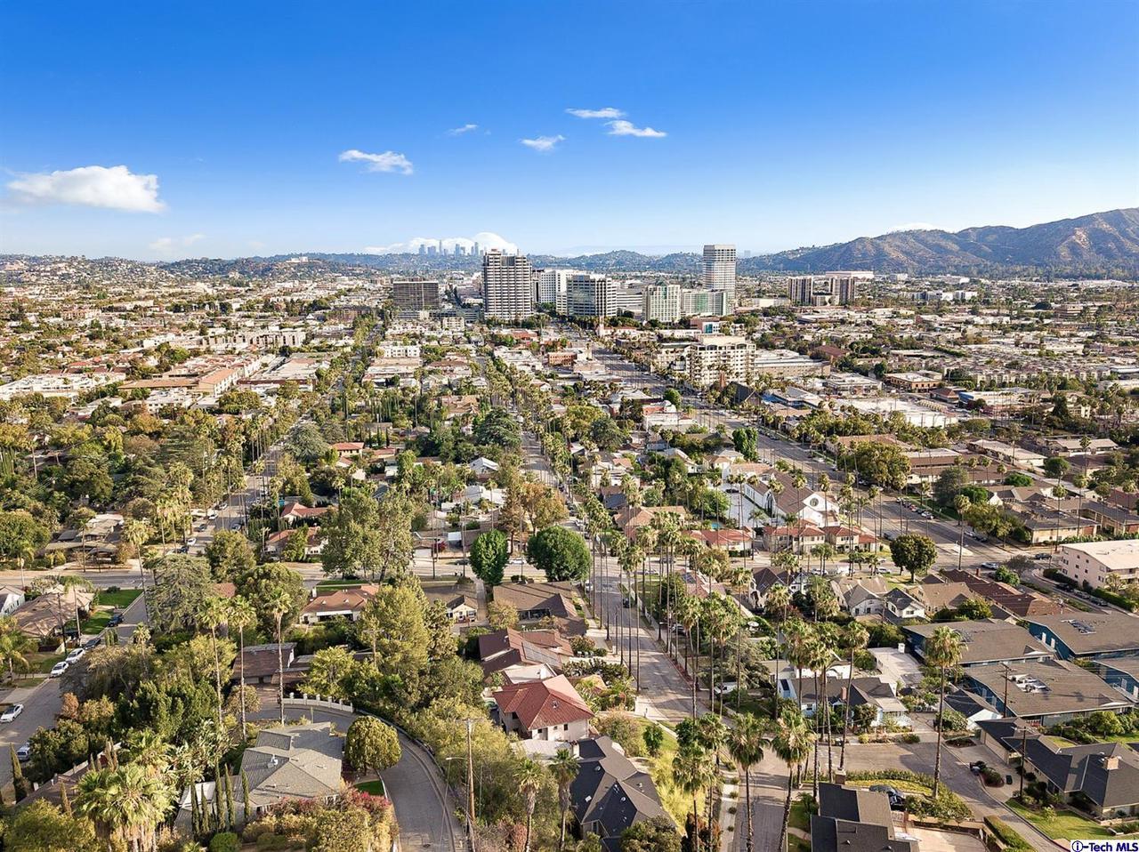 1455 DWIGHT Drive, Glendale, CA 91207
