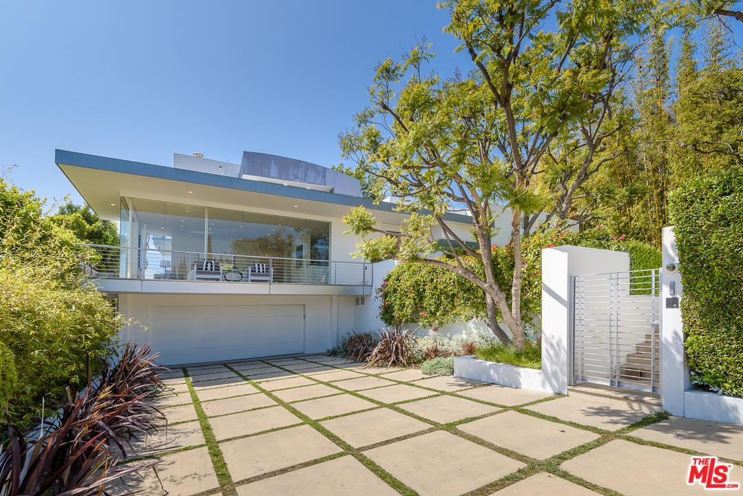 Photo of 10909 SAVONA RD, Los Angeles, CA 90077