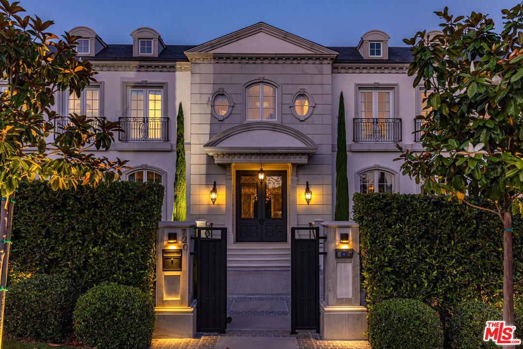 Photo of 720 N ALTA DR, Beverly Hills, CA 90210