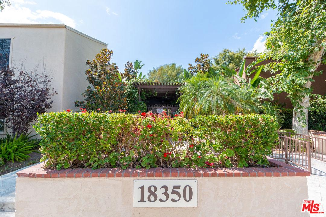 Photo of 18350 HATTERAS ST, Tarzana, CA 91356