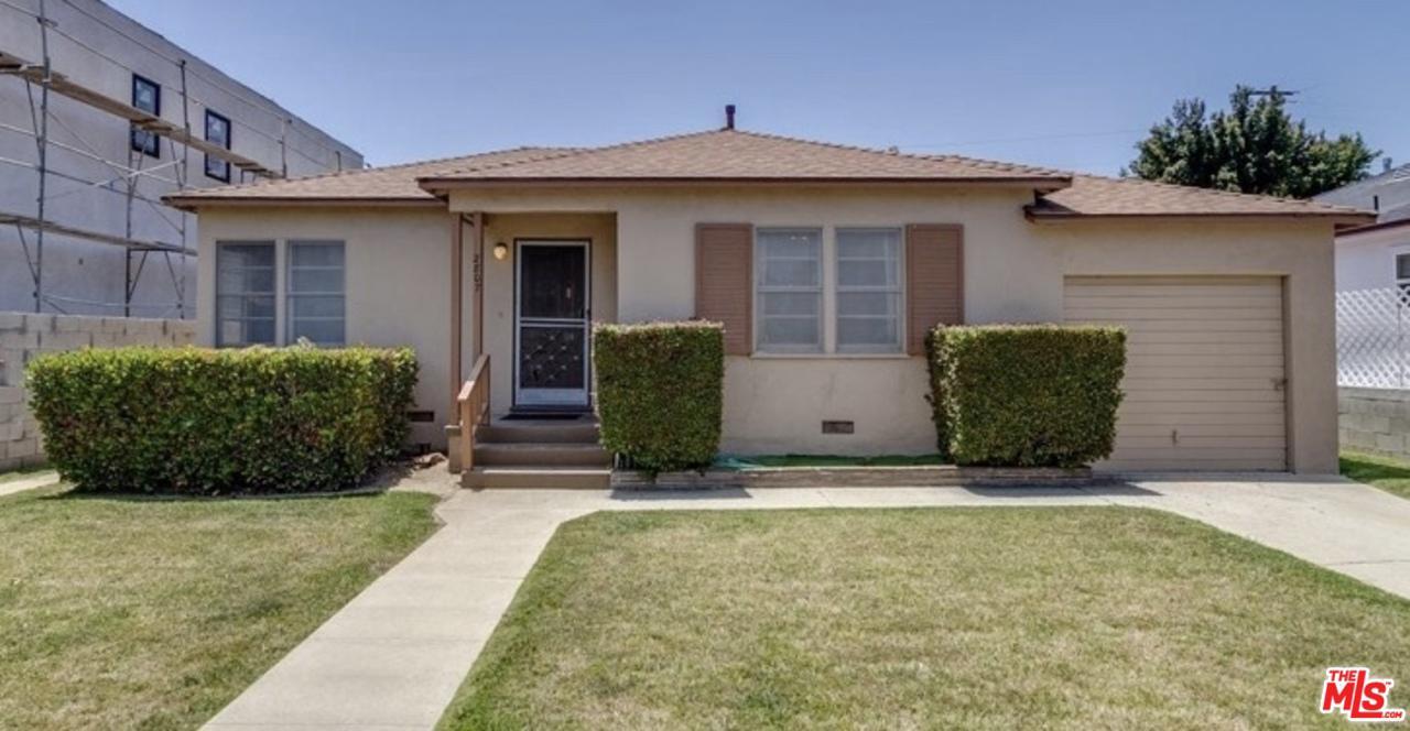Photo of 2807 BURKSHIRE AVE, Los Angeles, CA 90064