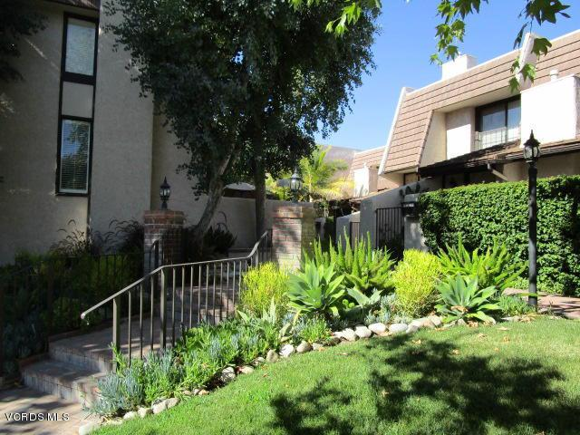 Photo of 6266 NITA AVENUE, Woodland Hills, CA 91367