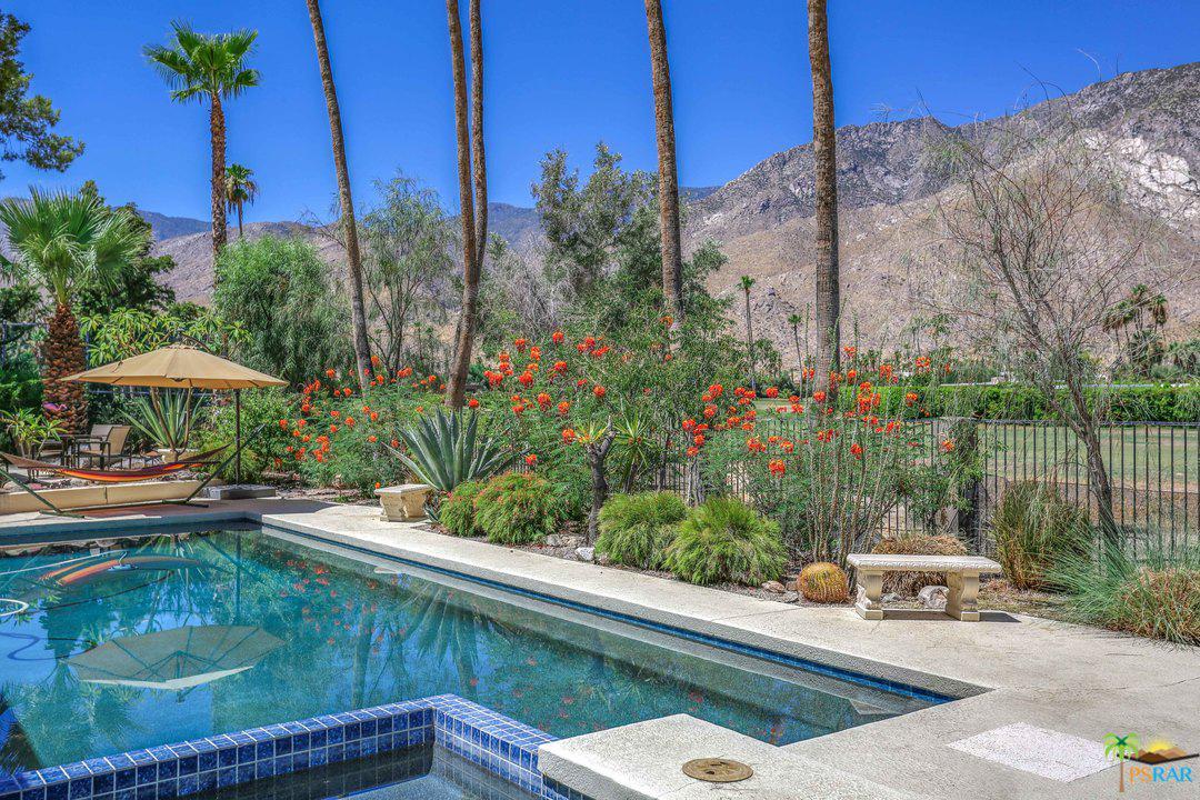 Photo of 2719 BONITA  CIRCLE, Palm Springs, CA 92264