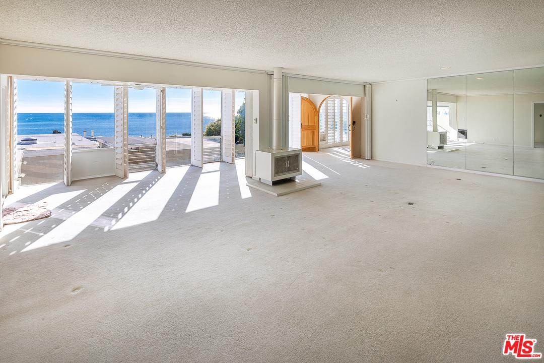 22514 PACIFIC COAST Highway Malibu, CA 90265