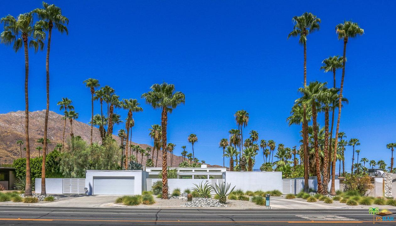 Photo of 940 E LA VERNE WAY, Palm Springs, CA 92264