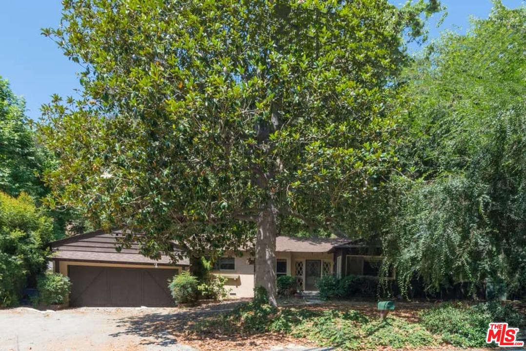 Photo of 3439 MANDEVILLE CANYON RD, Los Angeles, CA 90049
