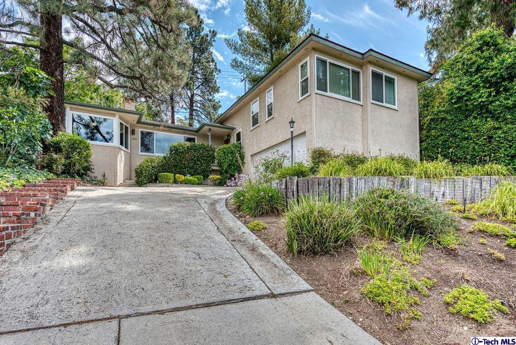 2849 MARKRIDGE Road, La Crescenta, CA 91214