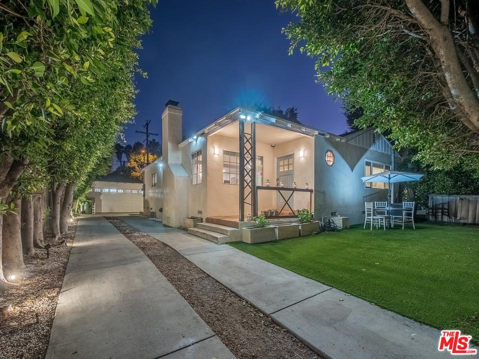 Photo of 8762 CADILLAC AVE, Los Angeles, CA 90034