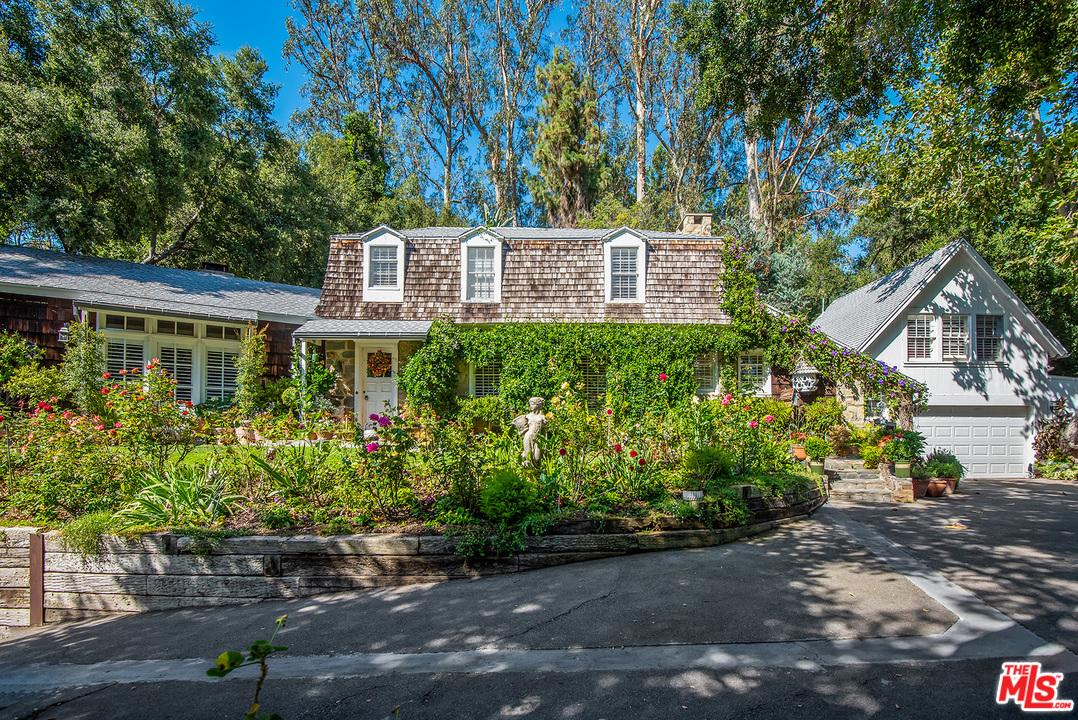 Photo of 2098 MANDEVILLE CANYON RD, Los Angeles, CA 90049