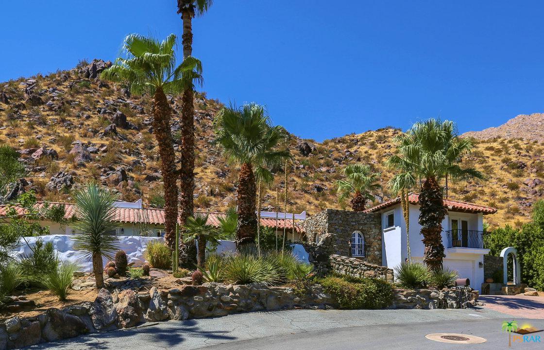 Photo of 2145 S CAMINO BARRANCA, Palm Springs, CA 92264