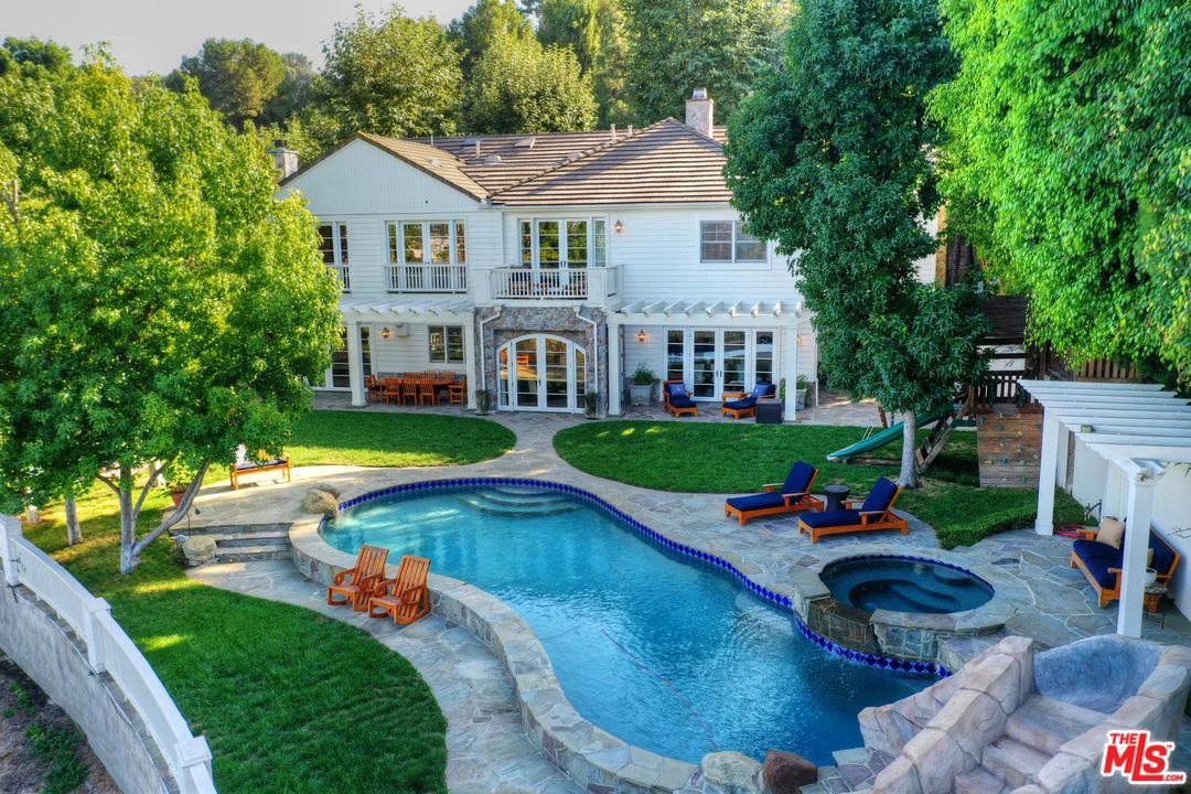 Photo of 13959 DURHAM RD, Beverly Hills, CA 90210