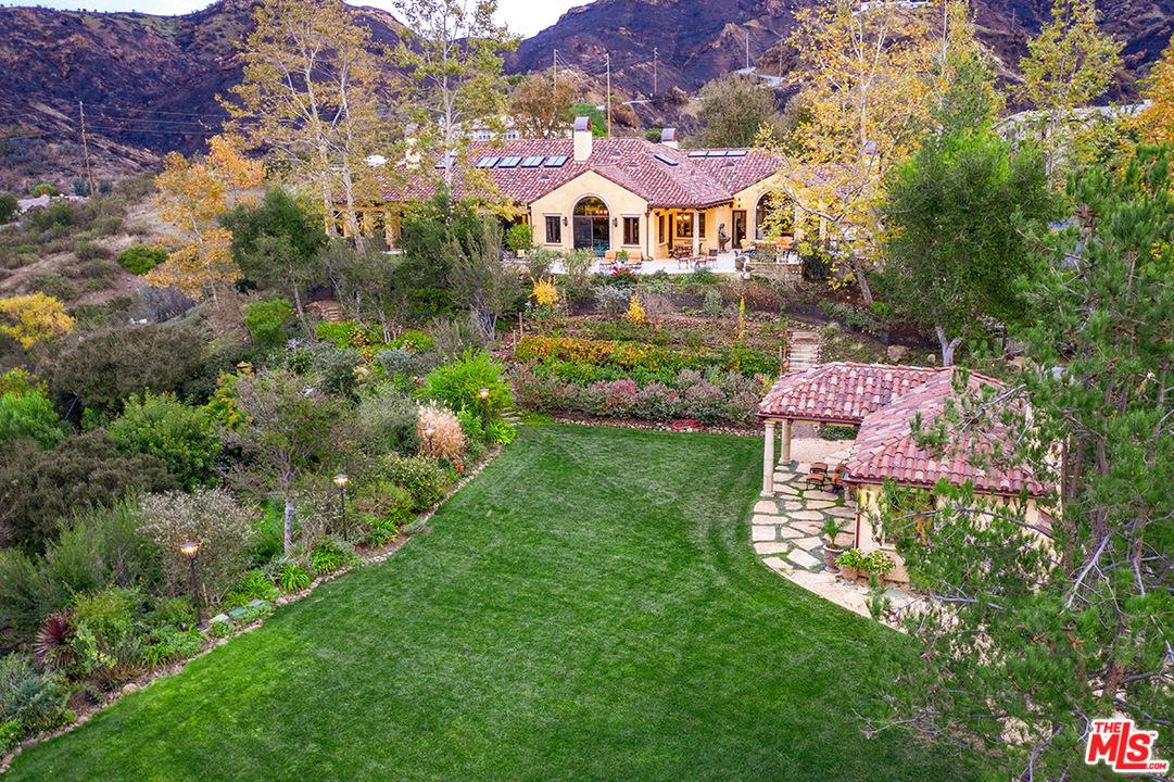Photo of 1350 COUNTRY RANCH RD, Westlake Village, CA 91361