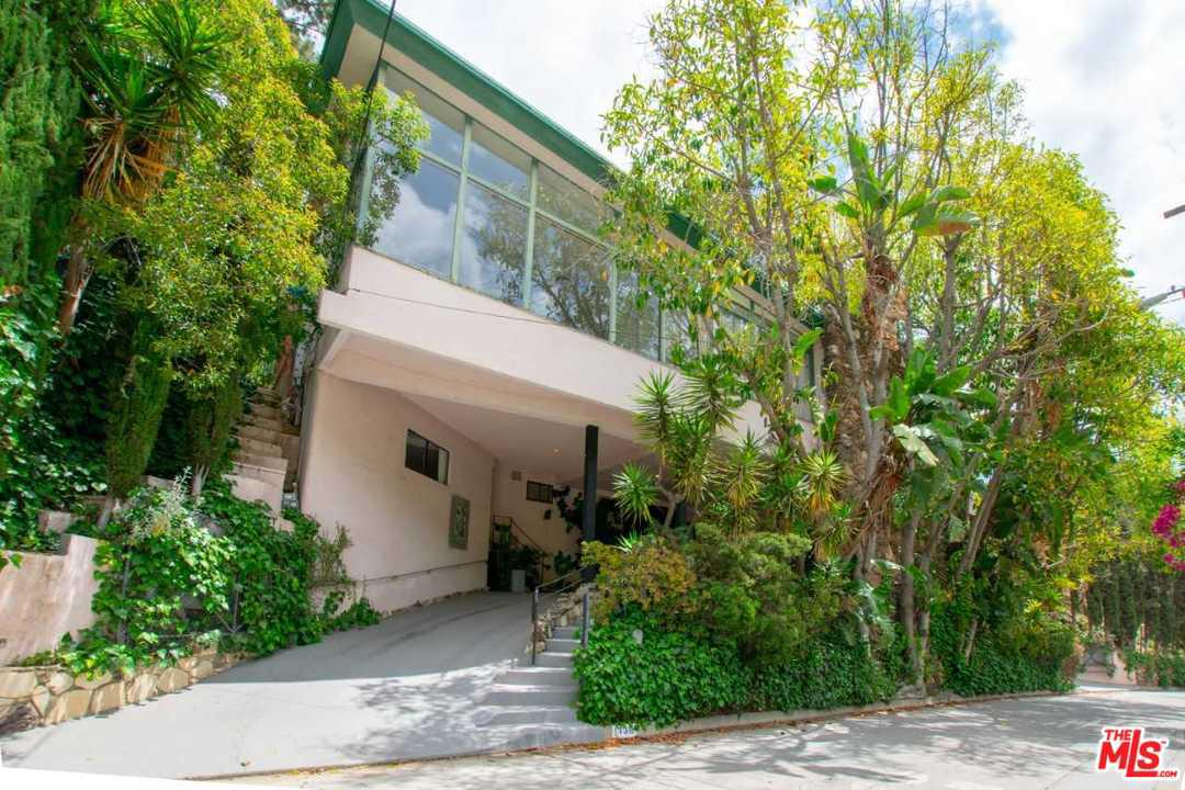 Photo of 1730 FRANKLIN CANYON Drive, Beverly Hills, CA 90210