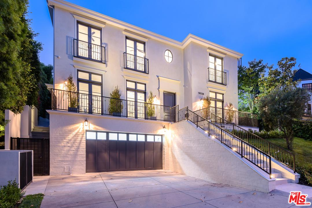 Photo of 10538 STRATHMORE DR, Los Angeles, CA 90024
