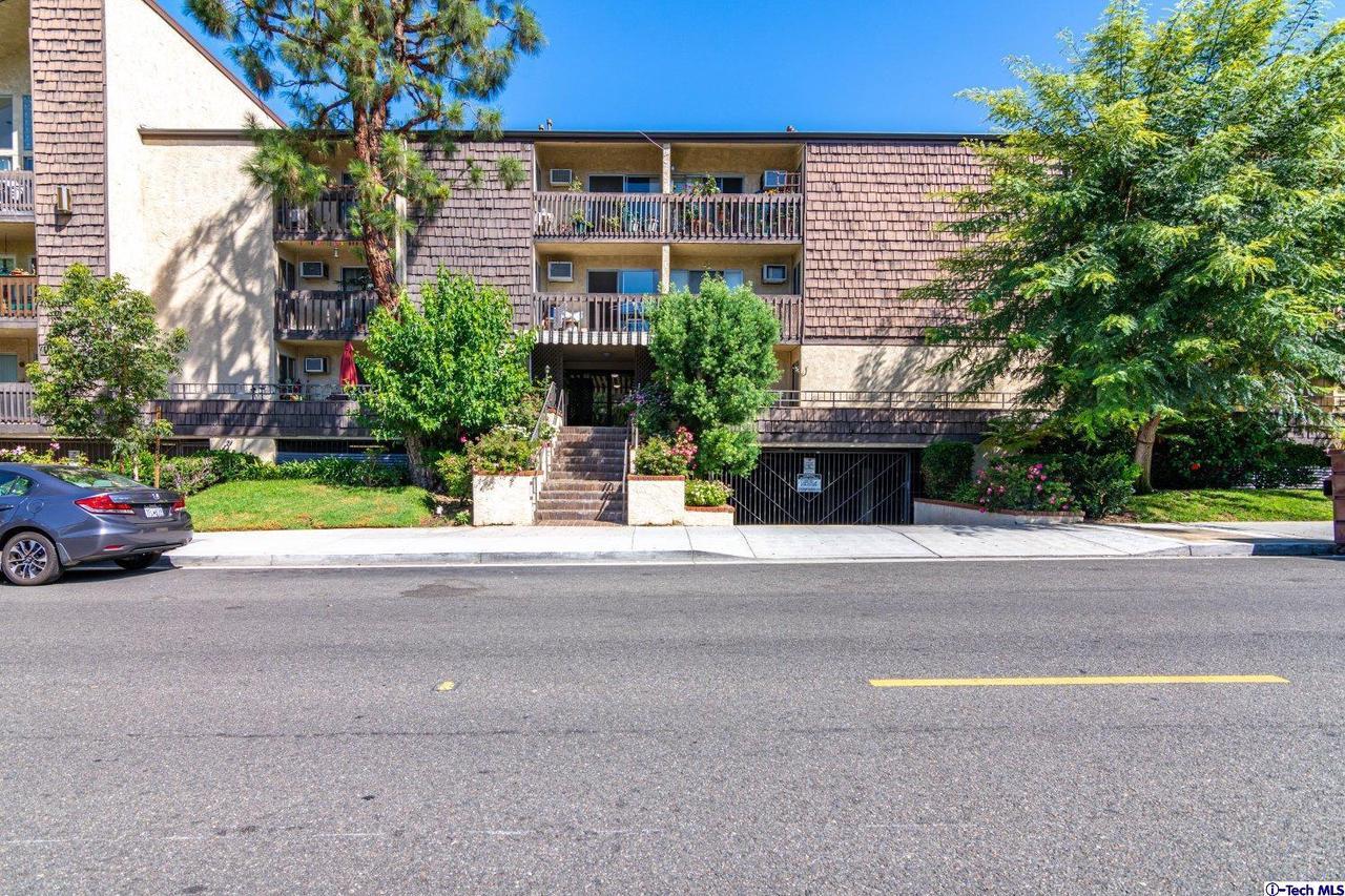 365 BURCHETT Street, 306, Glendale, CA 91203