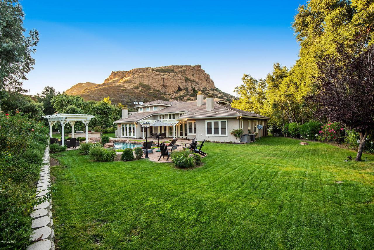 Photo of 1467 COUNTRY RANCH ROAD, Westlake Village, CA 91361