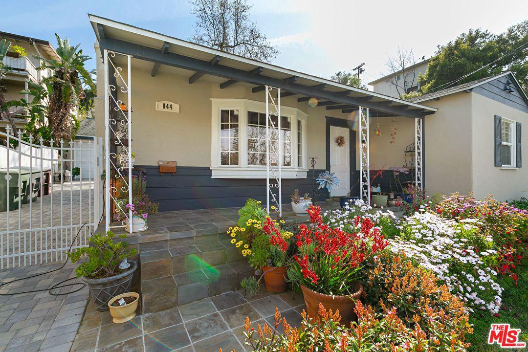 844 GREEN Street, Glendale, CA 91205