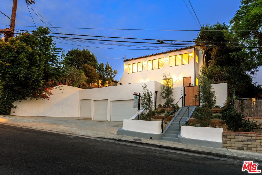 Photo of 1876 LEMOYNE ST, Los Angeles, CA 90026