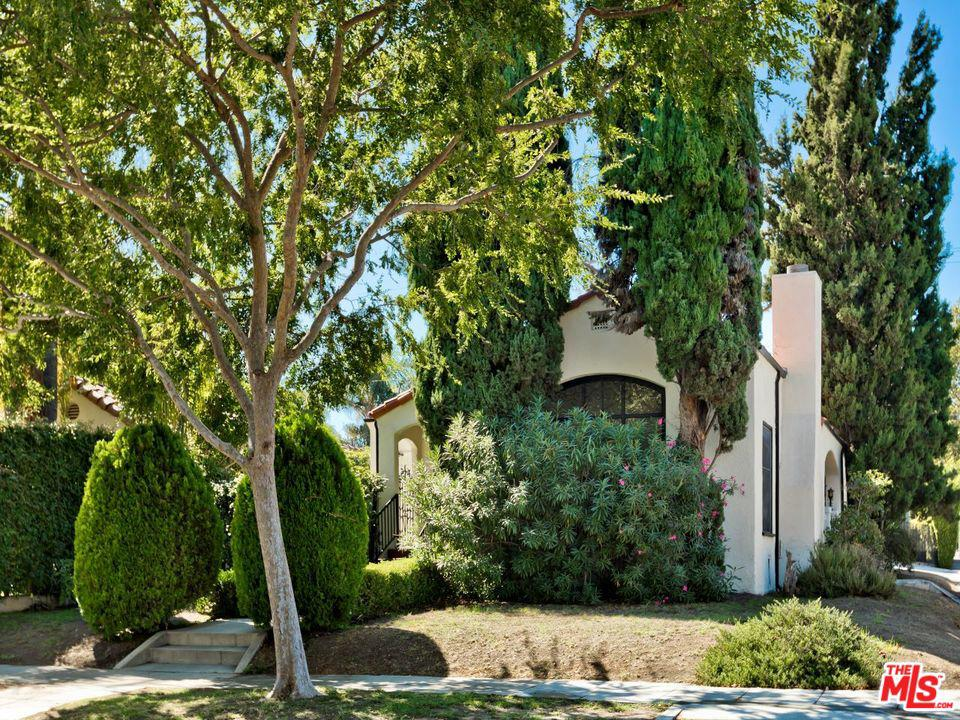 Photo of 201 S CRESCENT DR, Beverly Hills, CA 90212