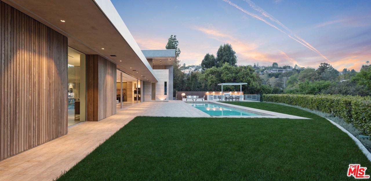 Photo of 600 PERUGIA Way, Los Angeles, CA 90077