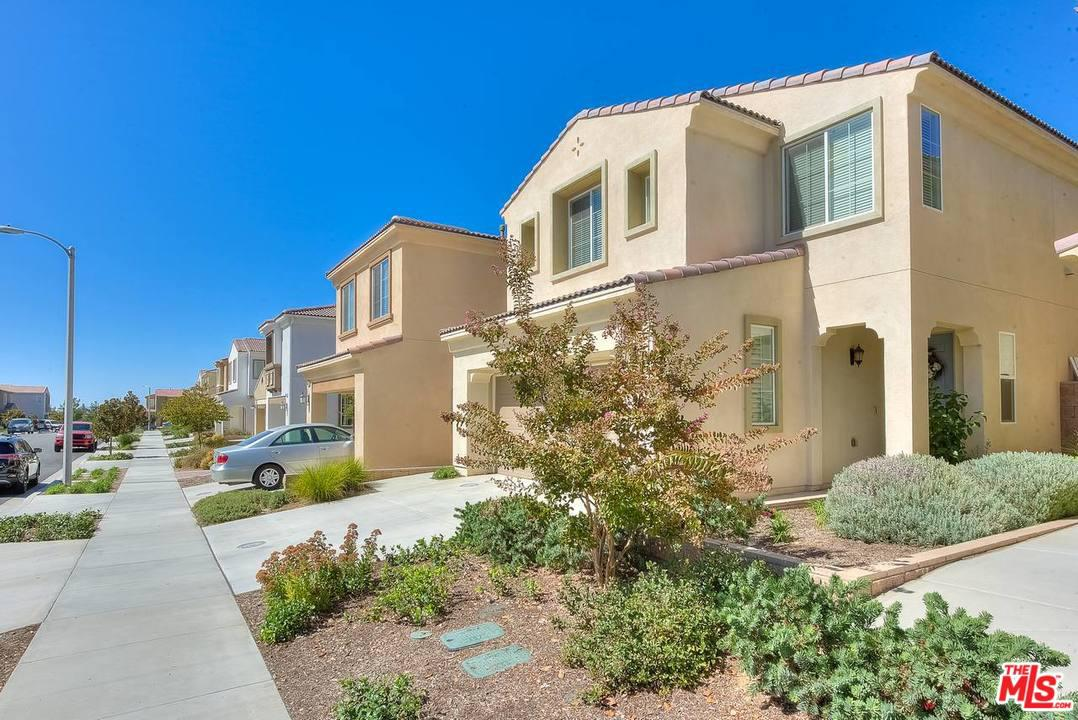 Photo of 33814 CANSLER Way, Yucaipa, CA 92399