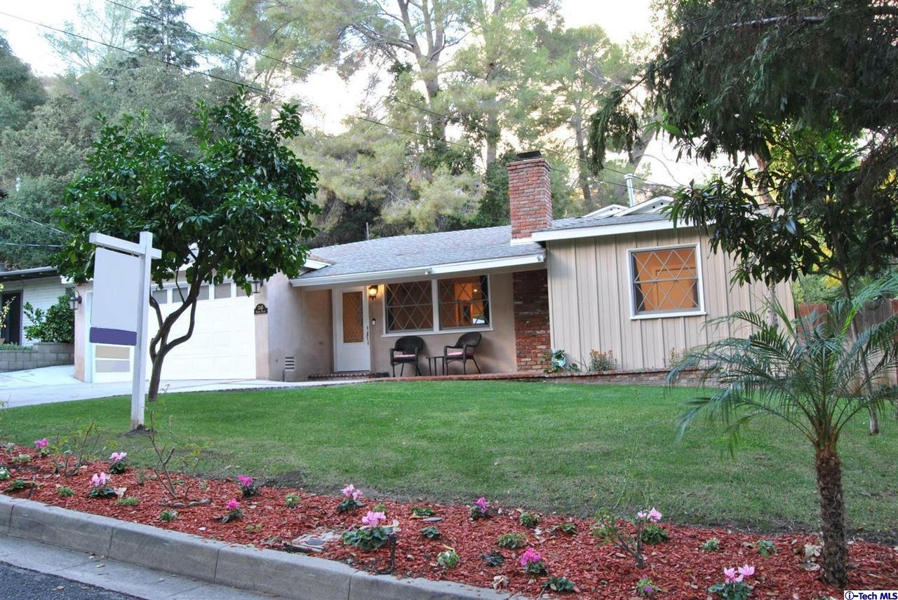 1345 SELVAS Place, Glendale, CA 91208