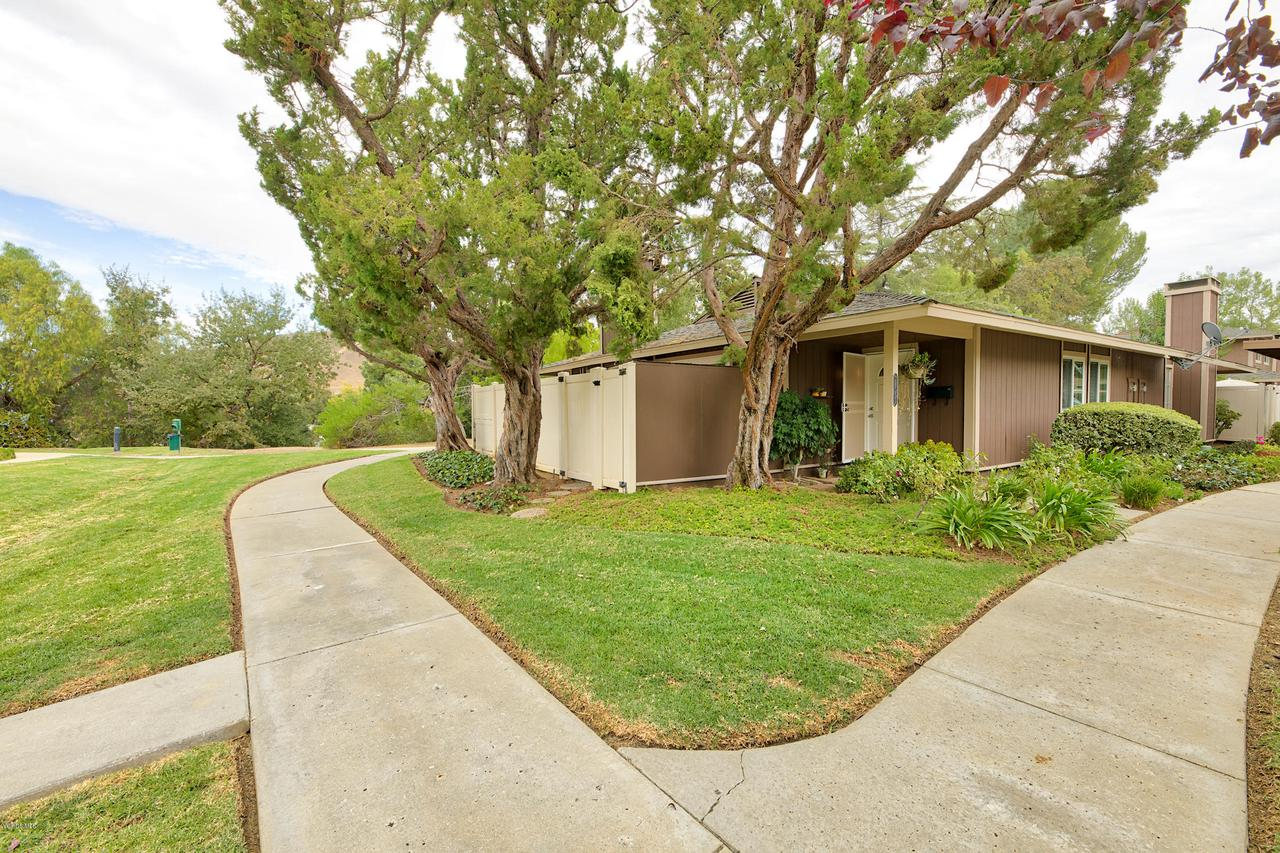 Photo of 28551 CONEJO VIEW Drive, Agoura Hills, CA 91301