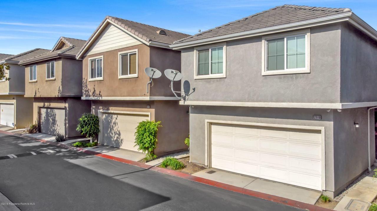 12910 Four Palms Lane Sylmar Ca 91342 Dilbeck Real Estate
