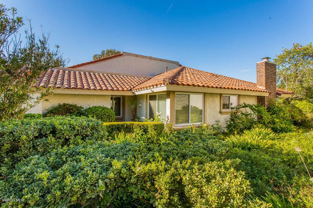 Photo of 711 BLUE OAK Avenue, Newbury Park, CA 91320
