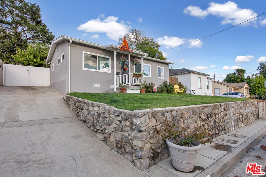 3719 5TH Avenue, La Crescenta, CA 91214