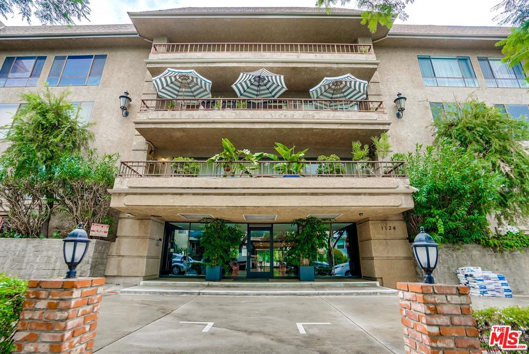 Photo of 1124 North KINGS Road #102, West Hollywood, CA 90069